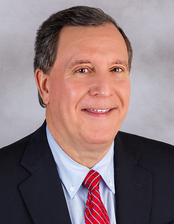 Headshot of Commissioner Joe Carollo
